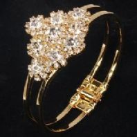 Vintage Inspired  Rhinestone Crystal Oval  Gold Plated Hinged Bracelet
